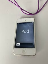 Apple iPod touch 4th Generation White (16 GB) - Includes Charging Cord