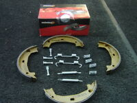 BMW 320D 316 318 320 323 328 325 REAR HANDBRAKE PARKING SHOES BRAKE  FITTING KIT