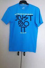 Nike T Shirt size S.