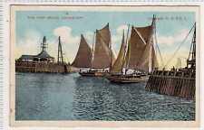 (La5245-176) The Pier Heads, LOWESTOFT,  Unused c1910 VG