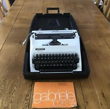 Immaculate Adler Gabrielle 25 Manual Typewriter In Hard Shell With Instructions