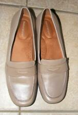 NATURALIZER Classic Sz 8.5 or 8 1/2 Harmonic Tan Leather Slip On  Loafer Flats
