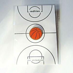 Very cool badge pin Basketball