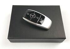 Mercedes-Benz USB Stick 8 GB im Schlüssel Design schwarz / silber B66953148