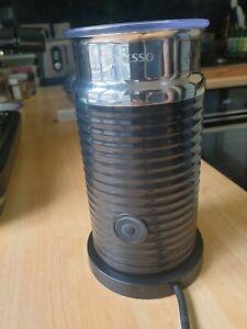 Nespresso Aeroccino 3 Milk Frother in Black. Excellent condition Barista Steamer
