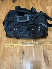 ***Oakley Field Gear Vintage Duffle Bag Black Excellent Condition Free S/H***