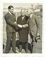 1937 JOE DIMAGGIO 2nd Year + Commissioner KENESAW M. LANDIS News Photograph