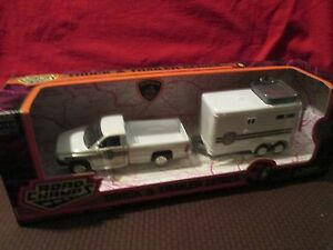 LANCASTER, PA POLICE-1996 DODGE RAM PICKUP AND HORSE TRAILER 1/43 road champs