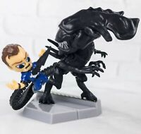 LOOT CRATE EXCLUSIVE ALIENS QUEEN TAKES BISHOP MINI FIGURE COLLECTOR'S SERIES