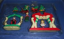Lqqk 2000 { Whoville Playset ] Dr. Seuss How The Grinch Stole Christmas Used