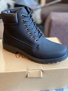 Men's hiker black boots