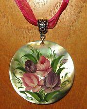 Ruso Único Pintado a Mano Colgante De Concha Zhostovo Rosa Lila Flores Arte Firmado