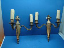 Jolie ancienne paire d'applique en bronze style Louis XVI