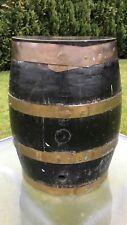 Beautiful antique vintage p.p.m.v Co Penistone en bois tonneau tabouret table
