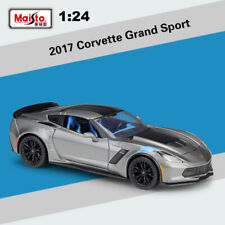 Maisto Collection 1:24 Alloy Metal Car Model 2017 Chevrolet Corvette Grand Sport