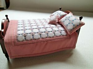 Hand Crafted Dolls House Quilted Bed Set - Quilt, Pillows & Cushion - 12th Scale