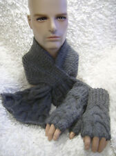 Mens Keyhole Scarf +Fingerless Mitts 'A Hug for William' - Easy knitting pattern