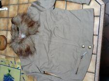 Blouson dame en tissus zippé col fourrure amovible 38-40