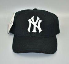 New York Yankees PUMA MLB Vintage 90s Adjustable Snapback Cap Hat - NWT