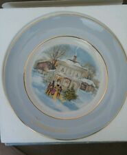 Avon Christmas Plate 1977 Carollers in the Snow Enoch Wedgewood with box