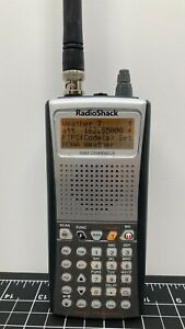 Radio Shack Pro-97 20-527 Triple-Trunking Handheld Radio Scanner 1000 channel