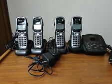Uniden Tru9480-4 5.8 Ghz Digital Answering System with 3 extra handsets