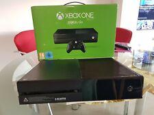 Microsoft Xbox One 500GB Spielekonsole - Schwarz (5C5-00013)