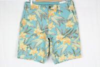 """American Eagle Men's Classic 10"""" Shorts Next Level Flex Size 33 Floral"""