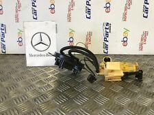 MERCEDES BENZ W213 E220D 16-19 FUEL PUMP A2054701694