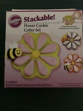 Wilton Stackable Flower Cookie Cutter Set