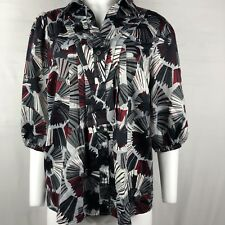 East 5th Women's Blouse Size 1X button down gray/burgundy print short Sleeves