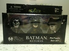 MEZCO TOYZ Mini Mez-itz 2 inch BATMAN RETURNS 3 pack set CATWOMAN PENGUIN BATMAN