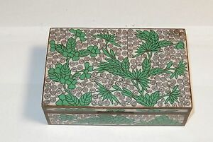 CLOISONNE GREEN AND WHITE ENAMEL TRINKET JAR TRUNK BOX