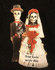 Skeleton Bride & Groom Pin Brooch Jewelry Wedding Gift Favor Day of Dead Goth