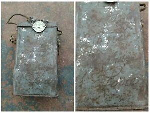 Boîtier masque à gaz  M2 ww1 personnalisé  et plaque d'identité même régiment.