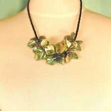 """16"""" Green Flower Mother of Pearl Shell Seed Bead Handmade Bali Choker Necklace"""