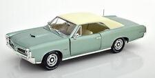 1:18 Ertl/Auto World Pontiac GTO 1966 lightgreen-metallic/white