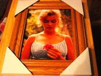 MARILYN MONROE 11X13 MDF FRAMED PICTURE #6 WOOD COLOR FRAME