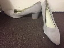 Clarks UK Size 6.5 Plain Light Grey Bliss Pointed Patent Block Heel Suede Shoes