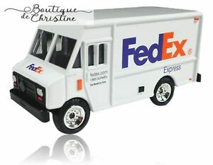 """FedEx Express Miniature Die-Cast Delivery Truck - 3"""" Length -Scale 1:64 -Gauge S"""