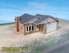 Z Scale Building -  Small Ranch Style House - Coverstock (PAPER) Pre-cut Kit RH1