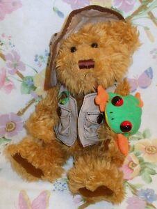 "TALKING PLUSH 12"" SAFARI RANGER TEDDY BEAR & STUFFED PET FROG RAIN FOREST RUDY"