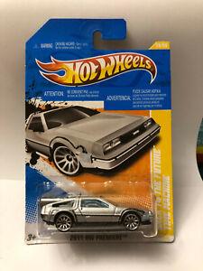 HOT WHEELS BACK TO THE FUTURE TIME MACHINE 2011 HW PREMIERE DMC DELOREAN 18/50