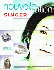 PUBLICITE ADVERTISING 026  2004  Singer machine à coudre aspirateur centrale vap