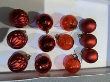 12 X Red Christmas Tree Baulbles 4 Finishes 1.5""