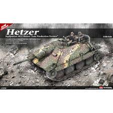 Academy JAGDPANZER 38(t) HETZER Late Prod tank 1/35 plastic model kit new 13230