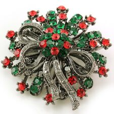 Antique Vintage Design Merry Christmas Gift Seasonal Wreath Flower Brooch Pin