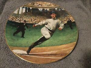 "Ty Cobb ..""The Georgia Peach"" ..22kt gold trimmed plate w/COA"