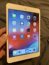 Apple iPad mini 2 32GB, Wi-Fi, 7.9in - Silver (CA)