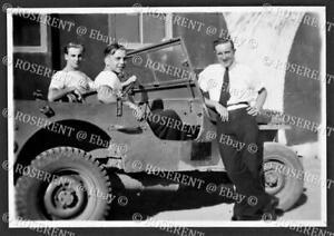1946 Malta - Hal-Far - three Fleet Air Arm Bods a Navy Jeep - photo 8 by 5.5cm